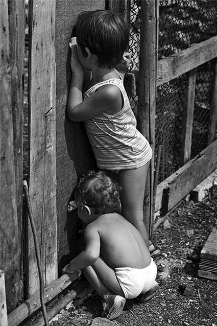 смотреть сын подглядывает за мамкой